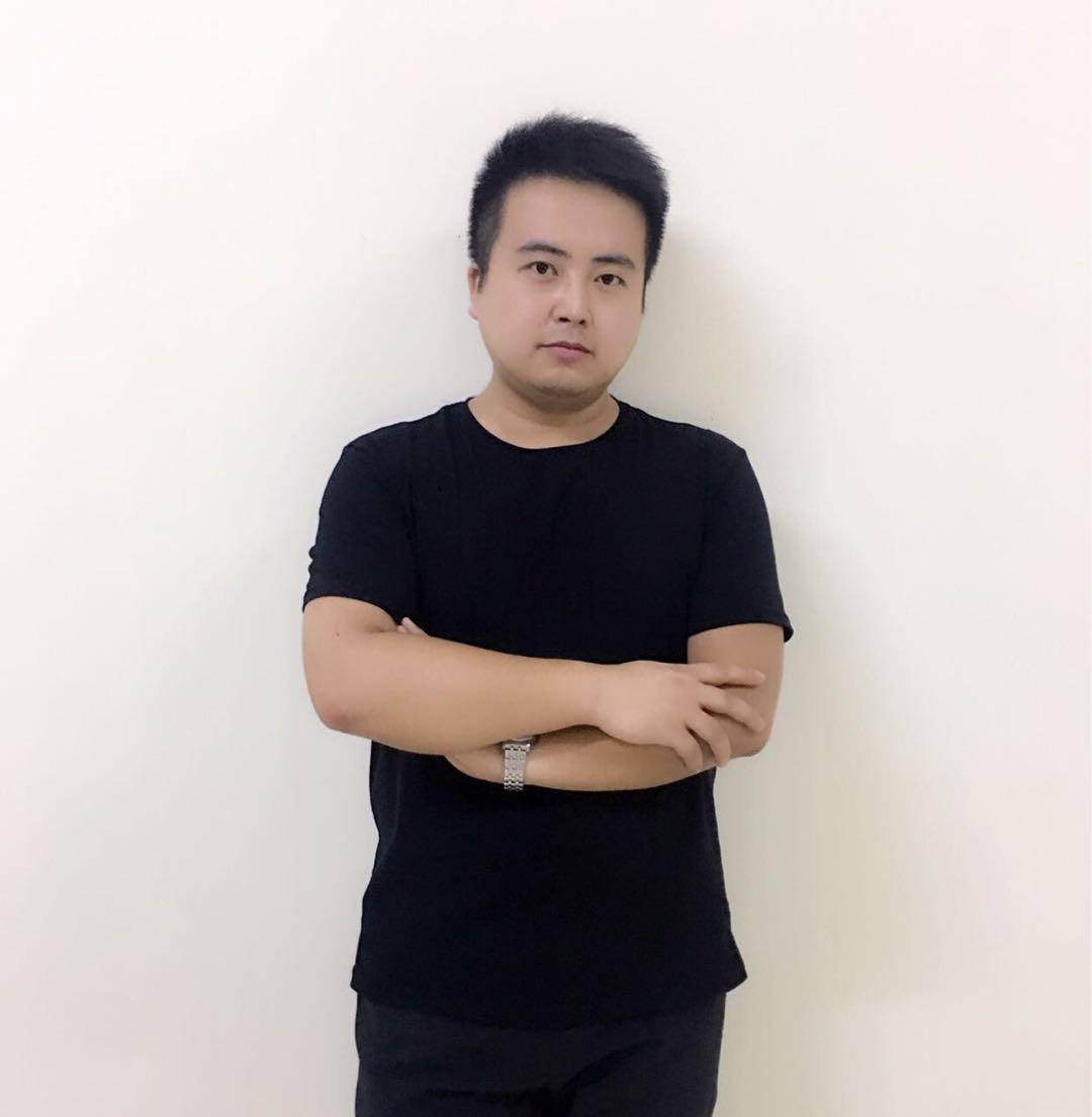 南昌朱伟设计师