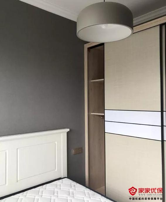两室两厅新房装修案例,灰色调的设计时尚又大气