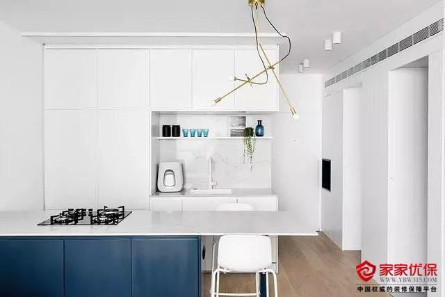 小户型三房装修案例,极简的布局设计更显宽敞