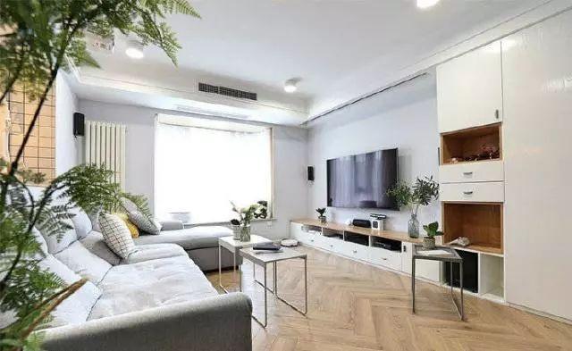 简约风格装修赏析 最大的亮点是厨房在客厅后面
