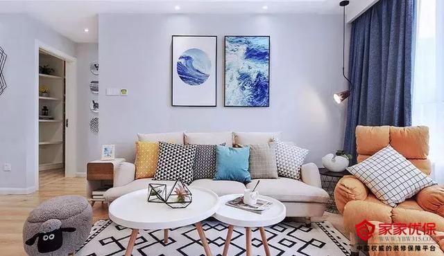 小户型简约风格装修案例,清新自然的温馨两居室