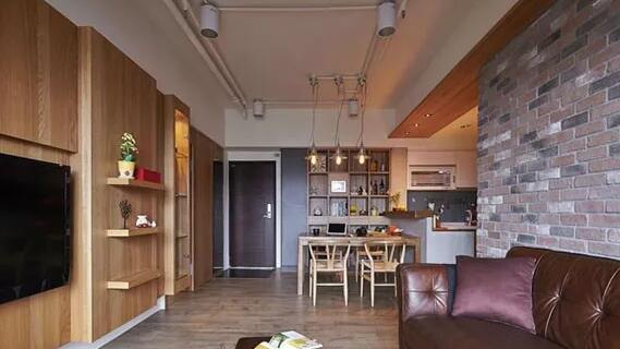 客餐厅现代风格装修效果图,木板和文化石打造出别样的美
