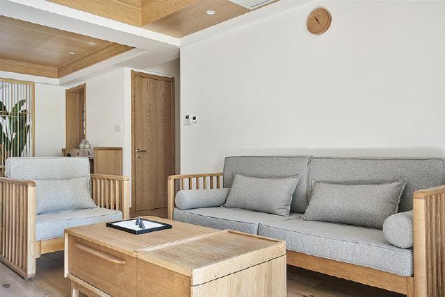 日式原木风格装修案例,天花板分区设计更有立体感