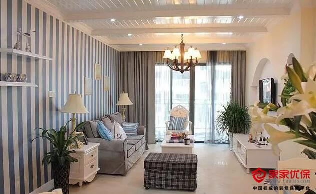 小户型地中海风格装修案例,客厅假梁吊顶餐厅百叶小窗特别美