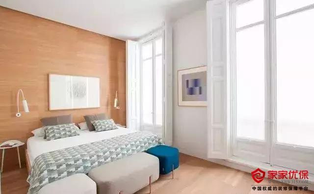 简约北欧风格装修效果图,卧室暗藏门设计别致