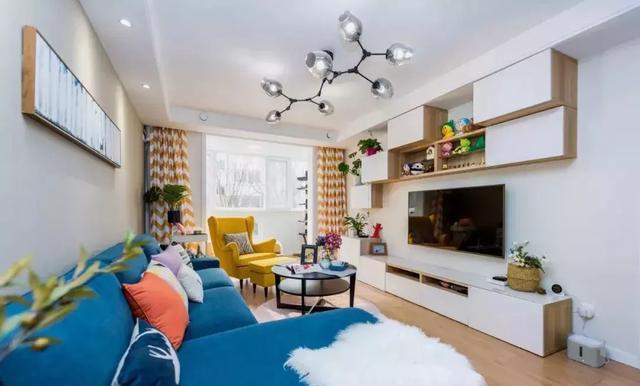 110㎡北欧风格两居室装修案例,色彩欢快明亮有活力