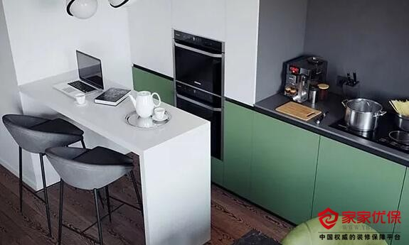 小面积公寓怎么装修好?玻璃墙隔出独立卧室效果还不错