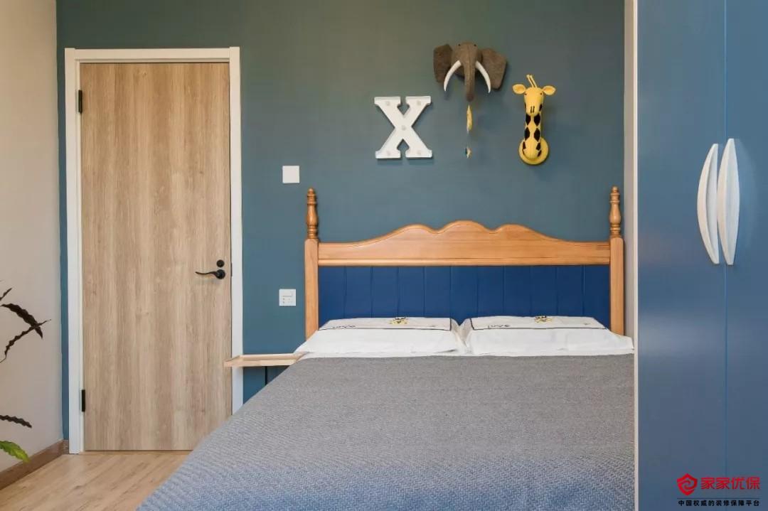 """北欧风格三居室装修案例,客厅是""""家庭影院""""哦"""