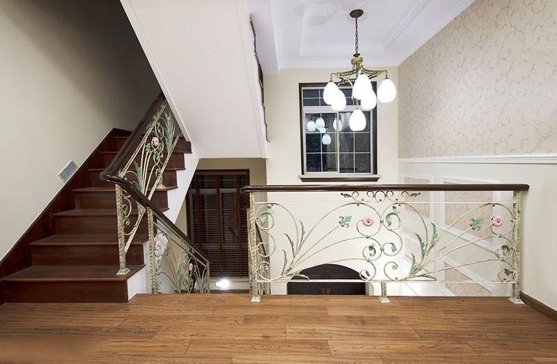 樓梯燈裝在什么位置好?樓梯燈選購要點