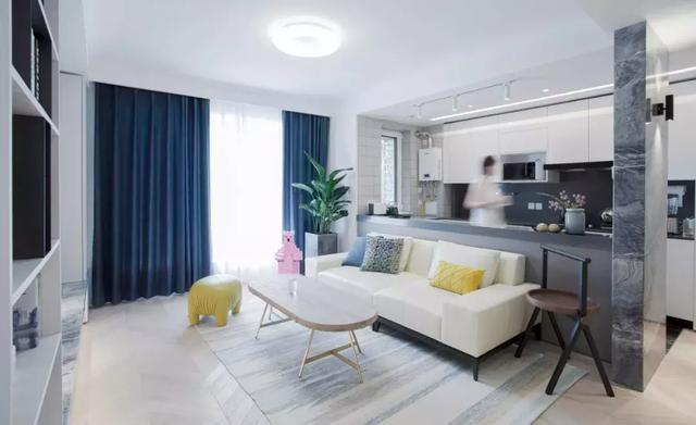98㎡极简轻奢风格装修案例,卧室加个衣帽间实用舒适
